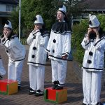 Poppies-performing-at-Dawlish-Community-School