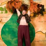 Sinbad - Big Joe as Garganto lifts Little Joe